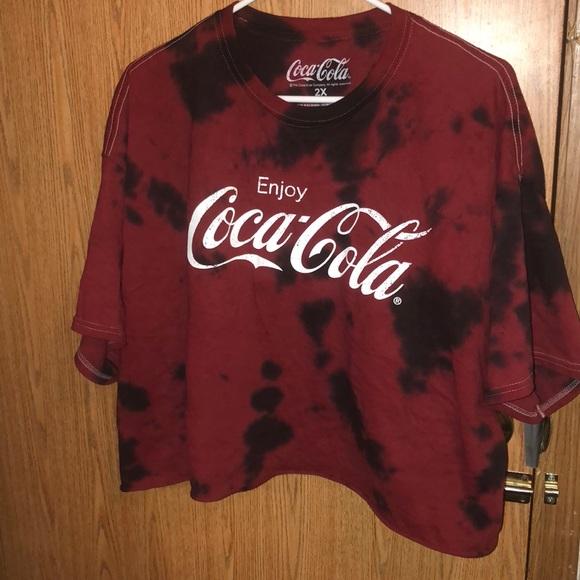 9e0904e1 Forever 21 Tops - Coca-Cola Graphic Tee (Forever 21 Plus)